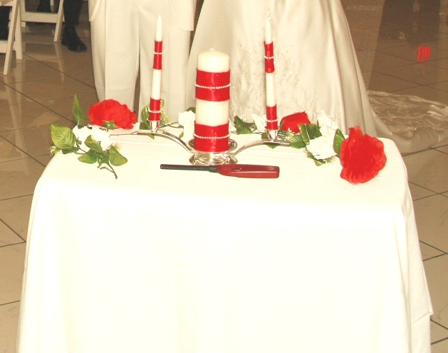 Unity Candle table with your choice of color decor